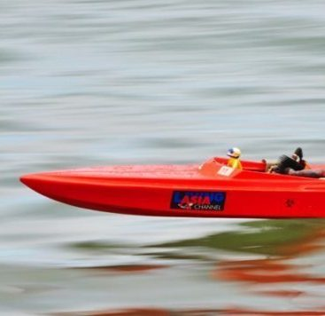 rc boat for saltwater e