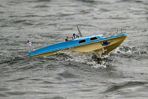 rc boats for rough water