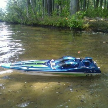 rc boats under